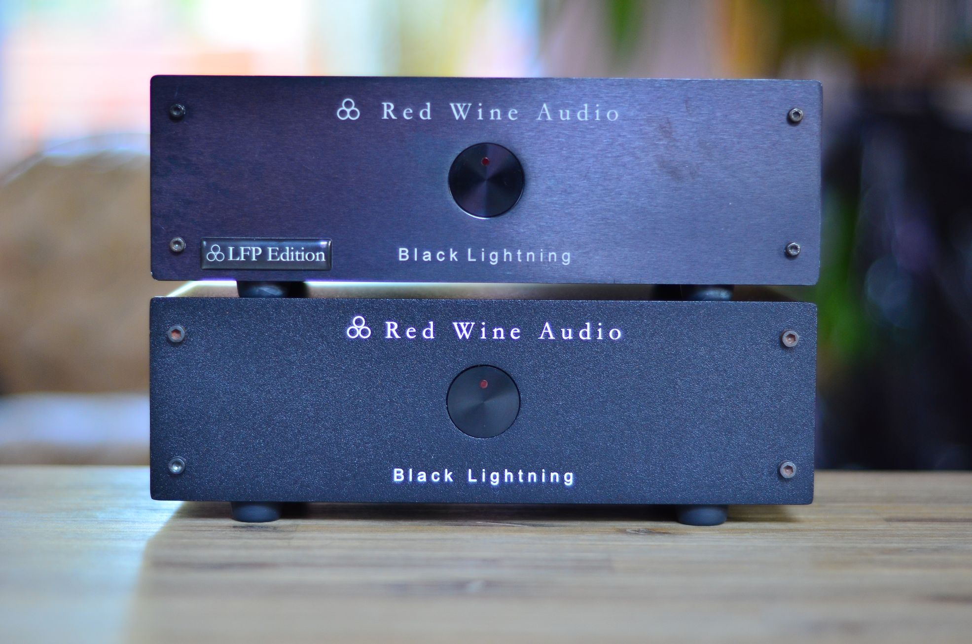 Red Wine Audio Black Lightning Power Supply - Buy & Sell