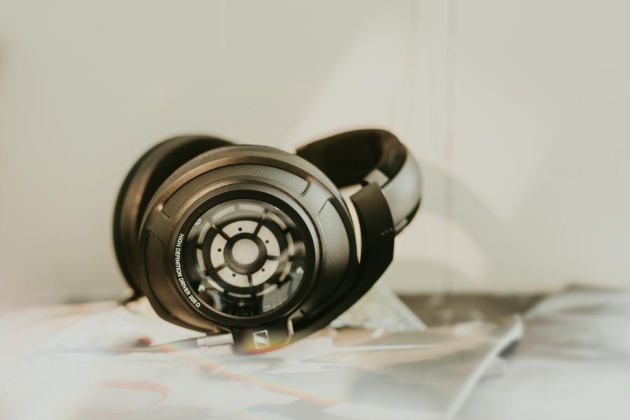 Sennheiser_audiophile_mood_7.png
