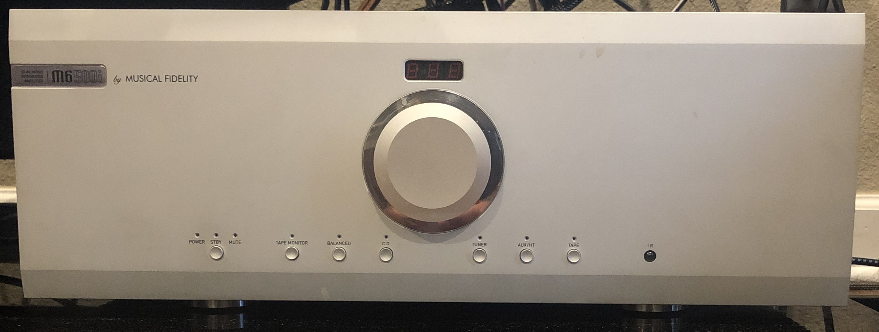 Musical Fidelity M6 500i Integrated Amplifier in Silver