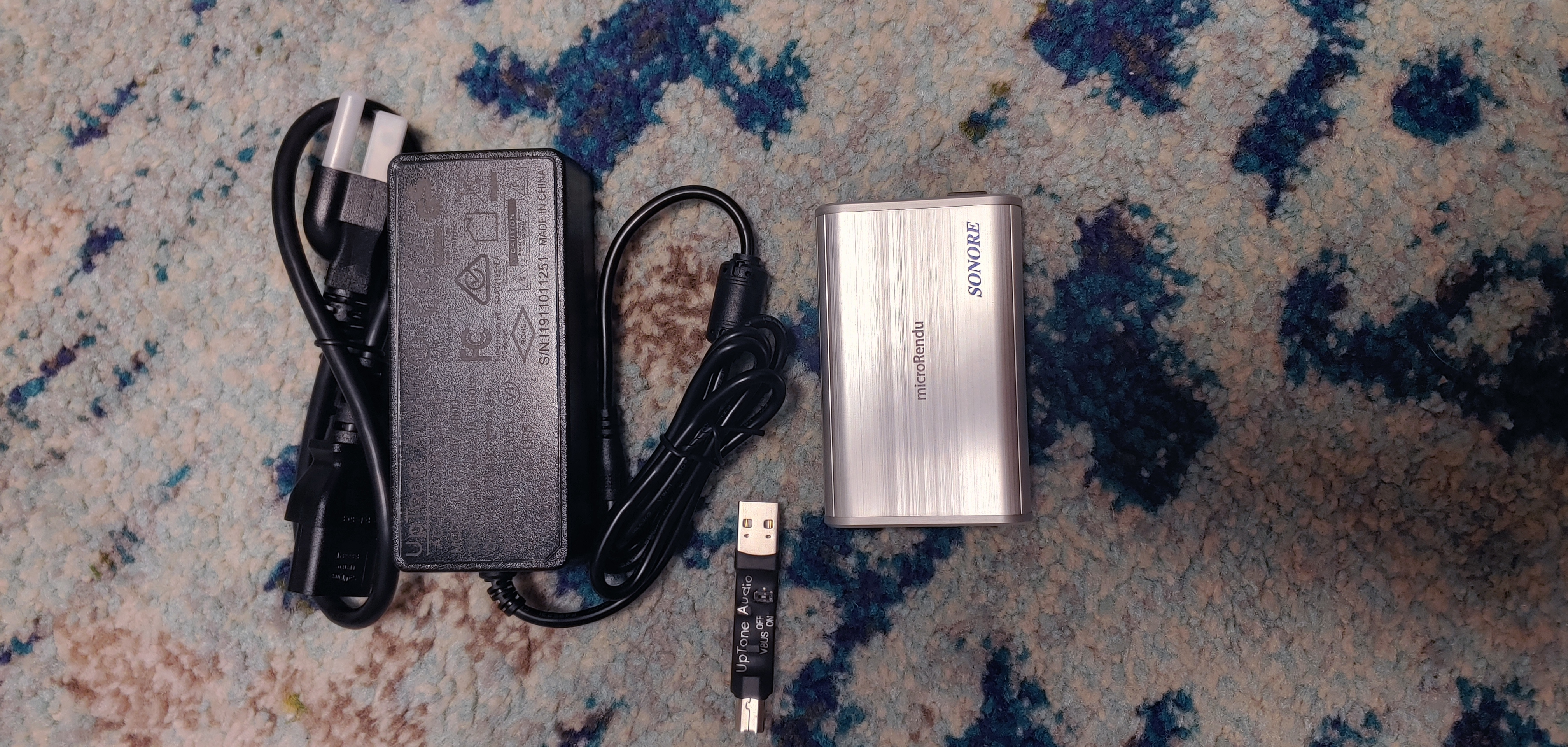 Sonore Microrendu with Uptone Power Supply and and USPCB A>B Adapter