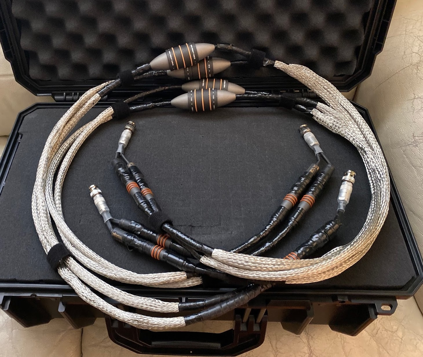 FS: Pair of HFC CT-2 S/PDIF cables (Schroeder config)