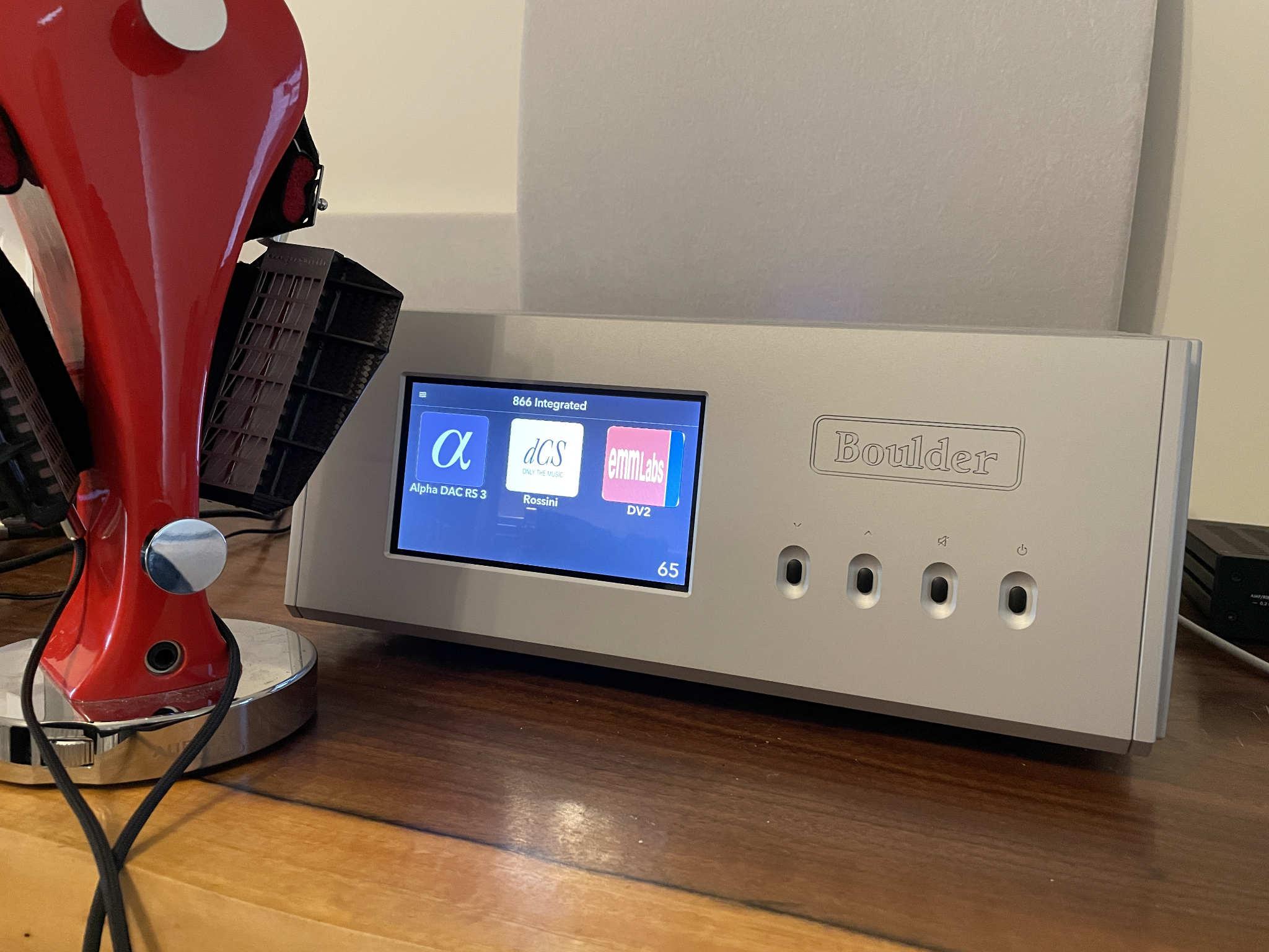 Review | Boulder 866 Integrated Amp