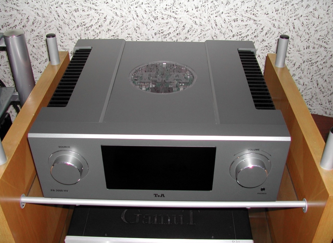 FS: Stunning T+A PA 3000 HV Integrated Amplifier in Titanium